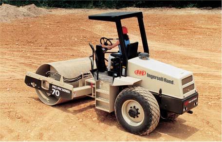 rouleau compacteur SD70D